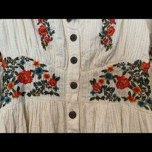 Anthropologie Dresses - Maeve Gracie Embroidered Peasant Dress
